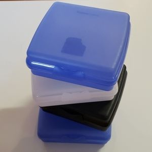 Tupperware sandwich keepers